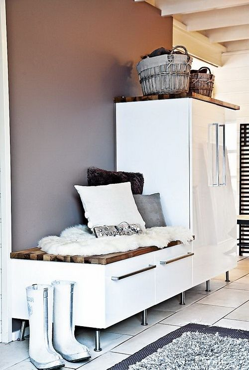 Picture Of clever examples to organize your entryway easily  35
