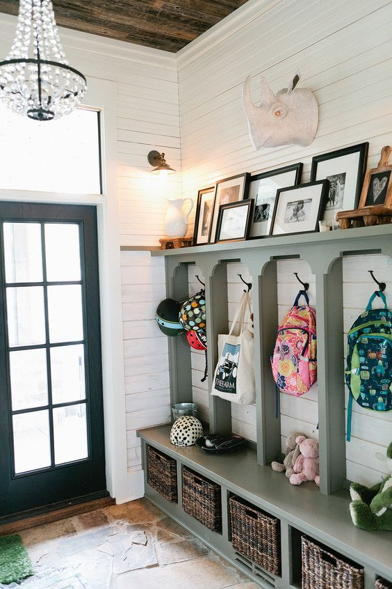 Picture Of clever examples to organize your entryway easily  8