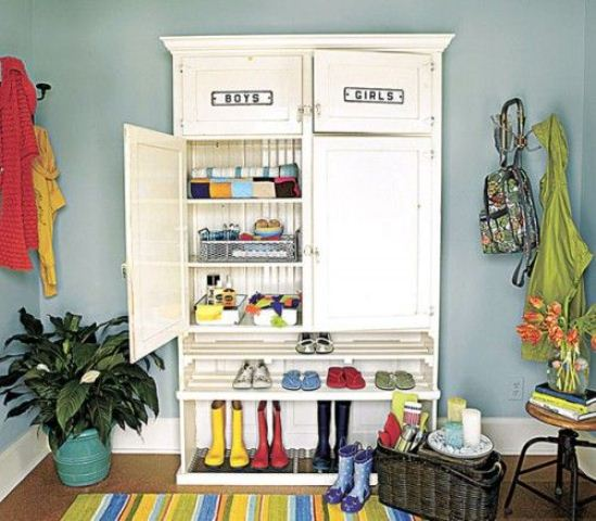 Probably kids are those who need the most cleverly organized storage in a mudroom. Otherwise things could get messy.
