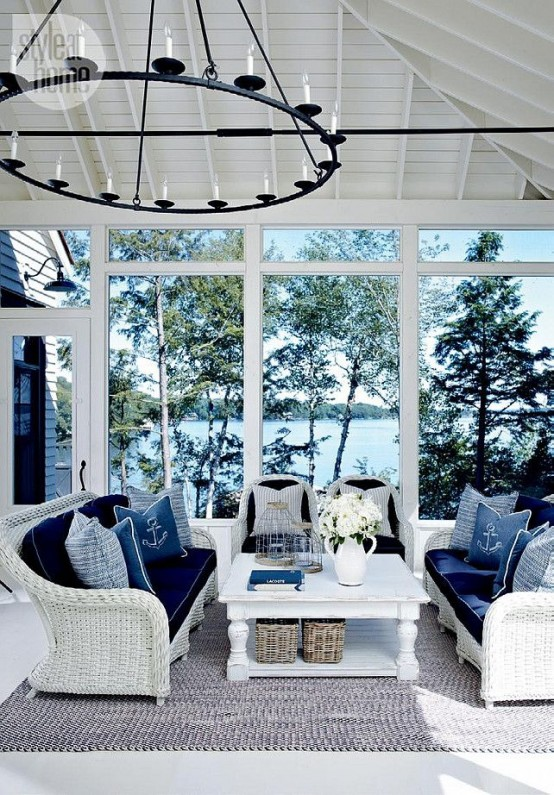 25 Coastal And Beach Inspired Sunroom Design Ideas