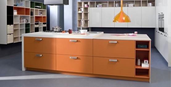Code in orange matt lacquer and feather grey monolacquer