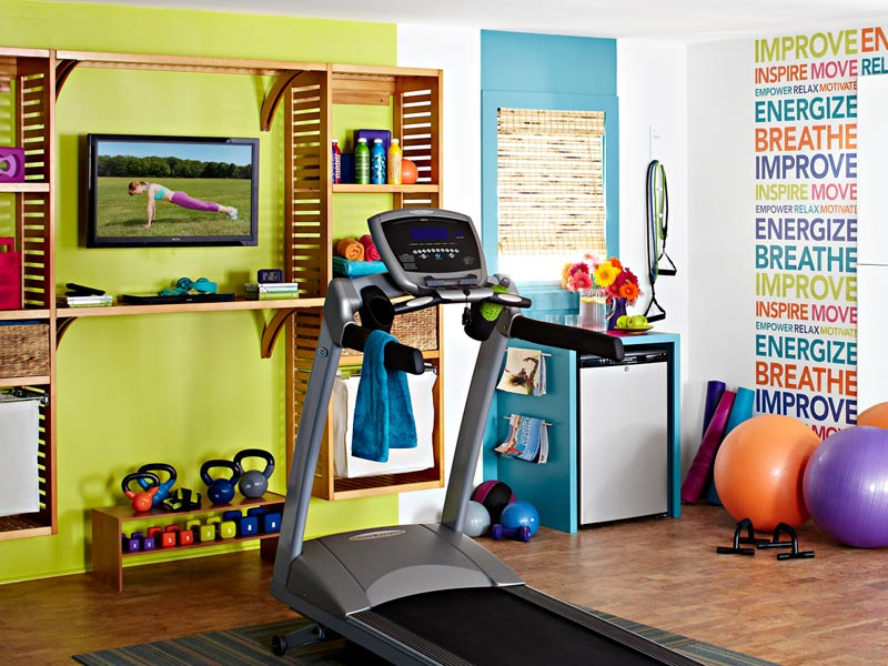 Colorful and inspiring home gym design digsdigs for Small exercise room