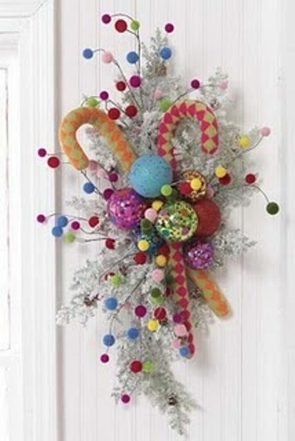 54 Colorful Christmas Inspiring Decor Ideas - 22 - Pelfind