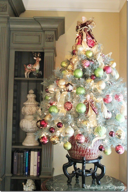 colorful christmas inspiring ideas - Colorful Christmas Tree Decorations