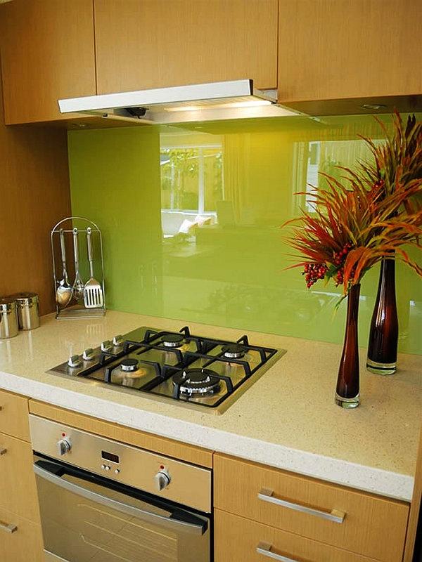 36 Colorful And Original Kitchen Backsplash Ideas | DigsDigs