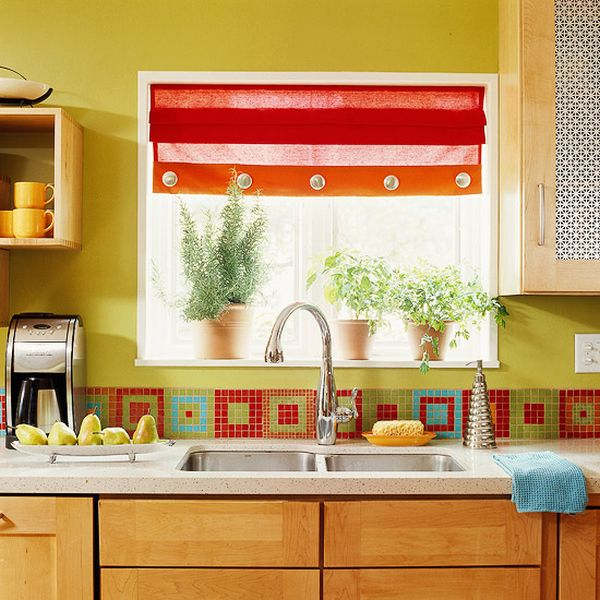 36 colorful and original kitchen backsplash ideas digsdigs for Small kitchen backsplash ideas pictures