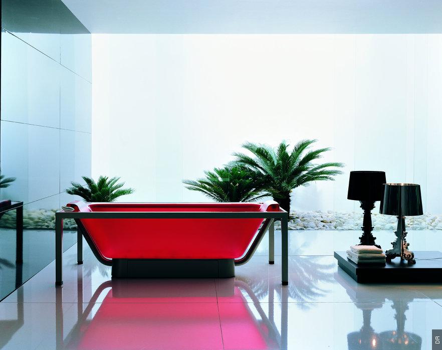 Coloured Glossy Acrylic Bathtub By Allia
