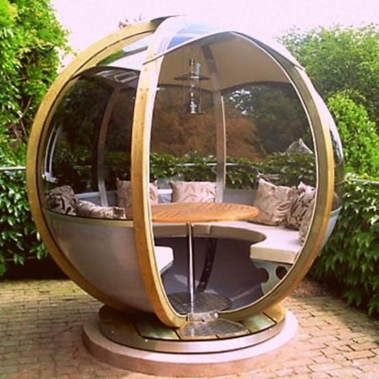 Comfortable Garden Spheres To Relax In