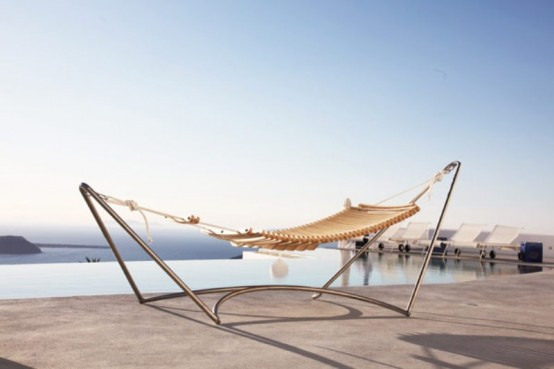 Comfortable Lounge Chair And Hammock Hybrid