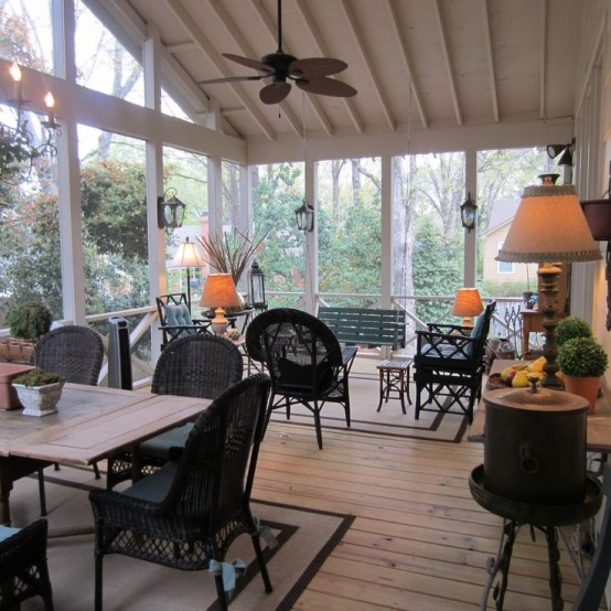Stunning Comfy And Relaxing Screened Patio Design Ideas