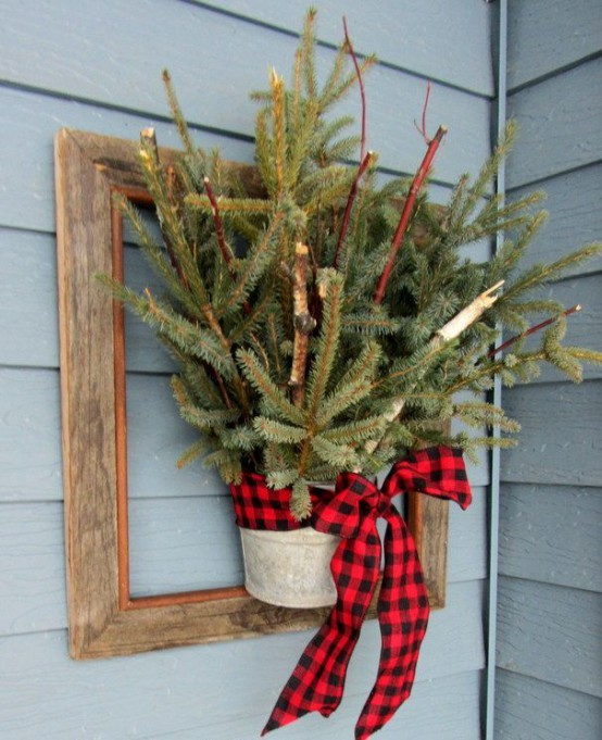 Rustic Holiday Decorating Ideas Part - 41: Comfy Rustic Outdoor Christmas Decor Ideas