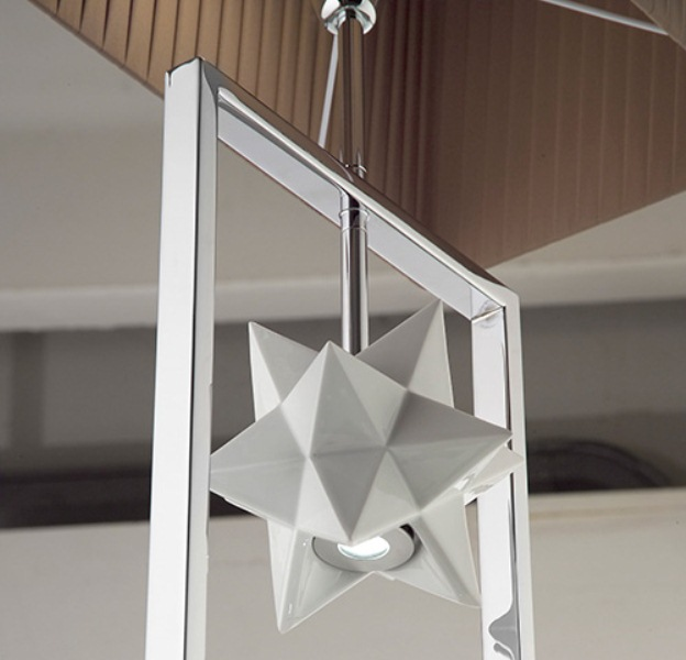 Complex Shaped Chandelier With A 3d Star