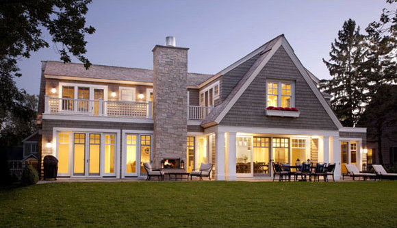 Contemporary shingle style house design digsdigs for Traditional country homes