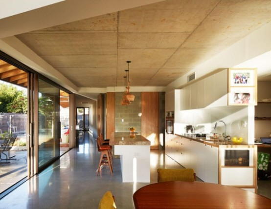 Concrete House With Striking Geometry And An Industrial Vibe
