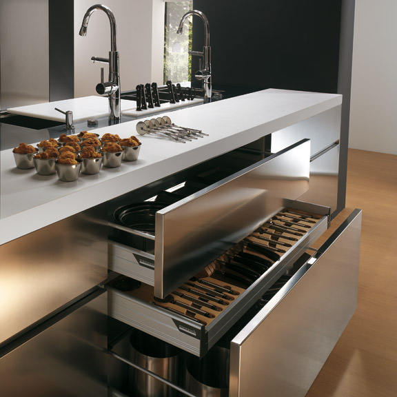 Contemporary stainless steel kitchen cabinets elektra for Kitchen cabinets stainless steel