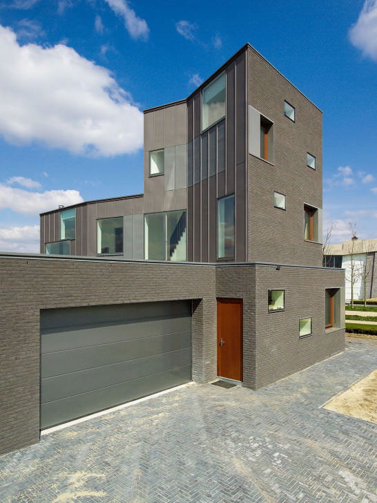 Contemporary Dutch House Design
