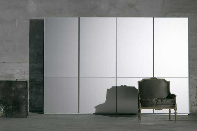 Contemporary Glossy Wardrobe Light