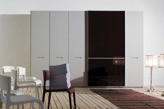 Contemporary Glossy Wardrobe Pull Light