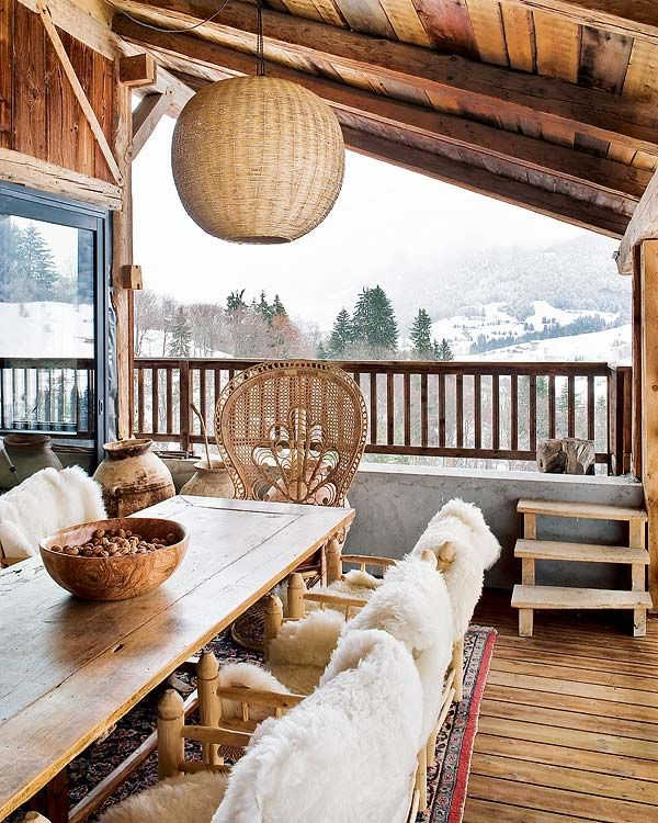 30 Convenient Chalet Dining Zone Design Ideas