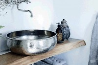 cool-and-creative-sink-stands-for-any-bathroom-20