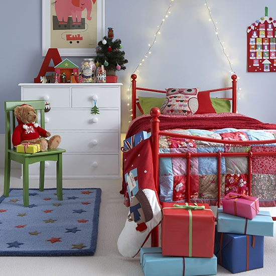 Cool Kids Room Ideas: 27 Cool And Fun Christmas Décor Ideas For Kids' Rooms