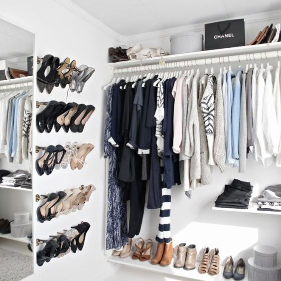 Picture Of cool and smart ideas to organize your closet  21