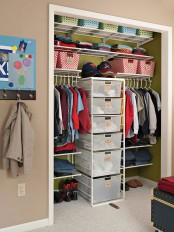 cool-and-smart-ideas-to-organize-your-closet-25