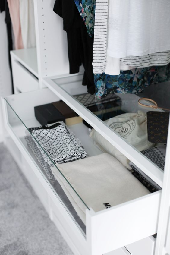 Picture Of cool and smart ideas to organize your closet  29