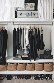 cool-and-smart-ideas-to-organize-your-closet-30
