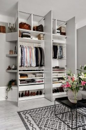 cool-and-smart-ideas-to-organize-your-closet-31