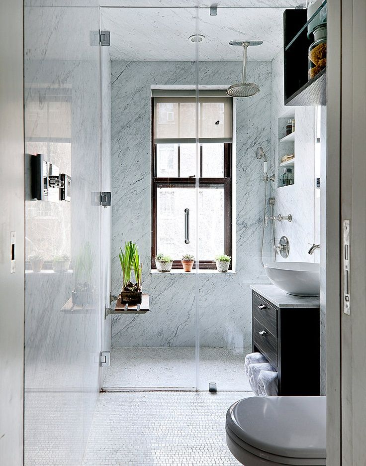 26 cool and stylish small bathroom design ideas digsdigs for Small baths for small bathrooms