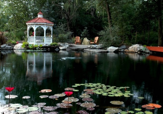 As we already showed you, any large pond should feature a gazebo near by.