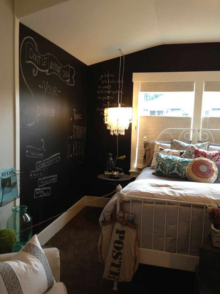 25 cool chalkboard bedroom d cor ideas to rock digsdigs Teenage bedroom wall designs
