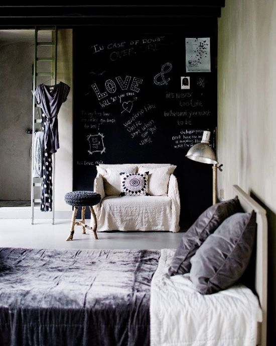 Cool Chalkboard Bedroom Decor Ideas To Rock Part 41