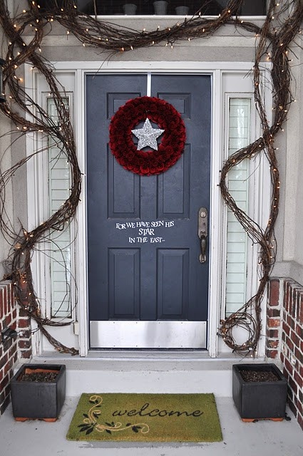 Cool Christmas Porch Decor
