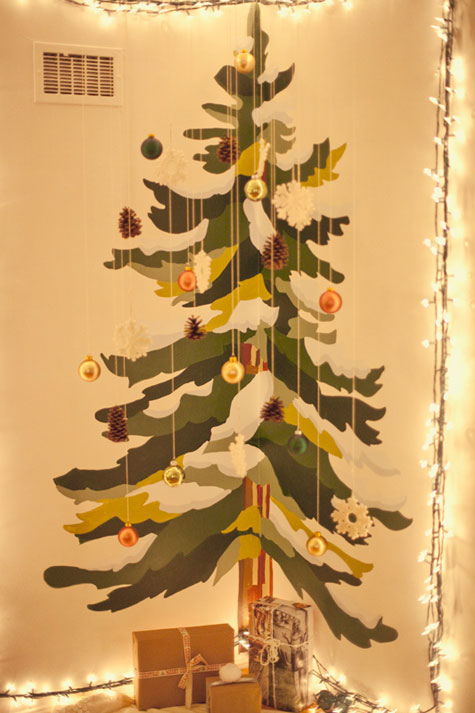 Wall Painted Christmas Tree