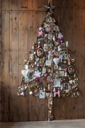 Alternative Christmas Tree Of Junk