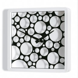 Layers Bubbles Clock