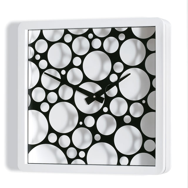 Cool Clock Layers Bubbles