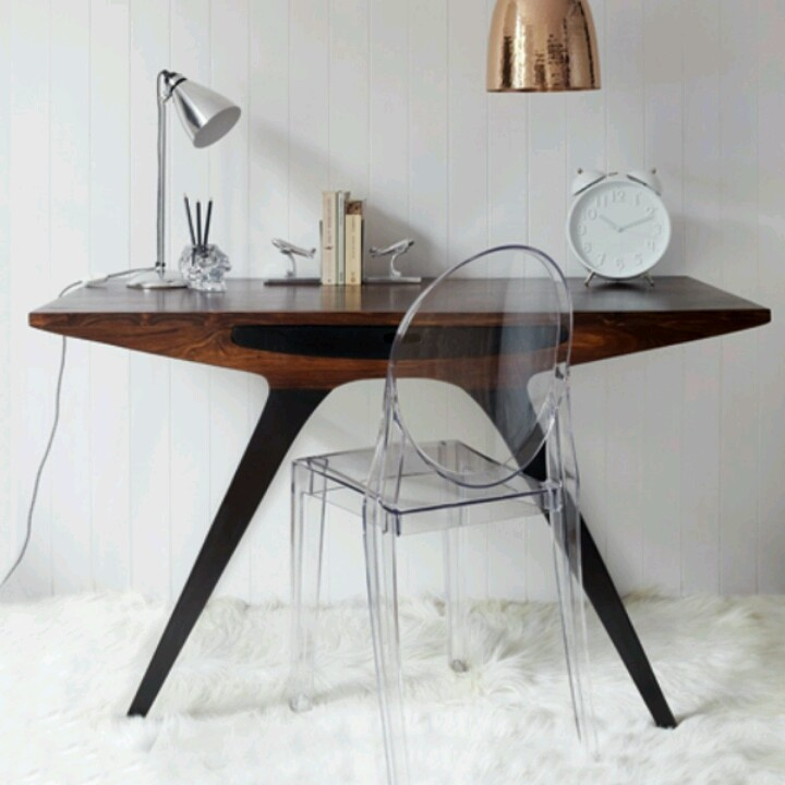 43 Cool Creative Desk Designs