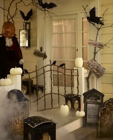 40 cool halloween front door decor ideas digsdigs for Idee deco halloween