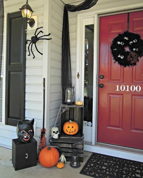 40 cool halloween front door decor ideas digsdigs - Deco salle halloween ...
