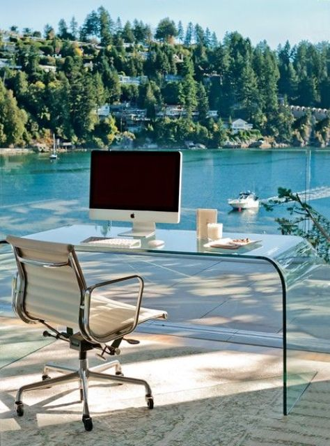 37 Cool Home Offices With Stunning Views