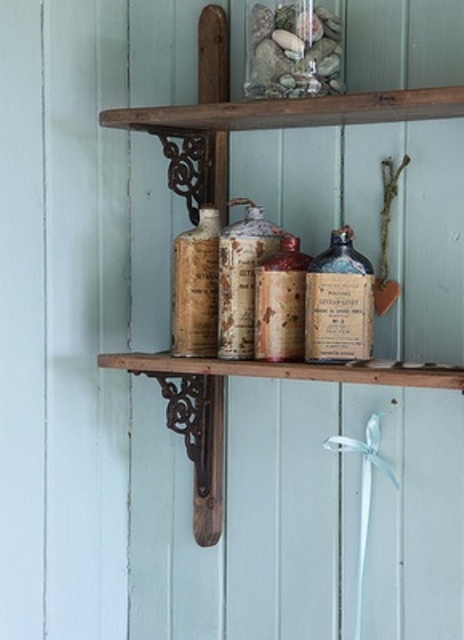 Cool Ideas To Use Vintage Bottles In Decor