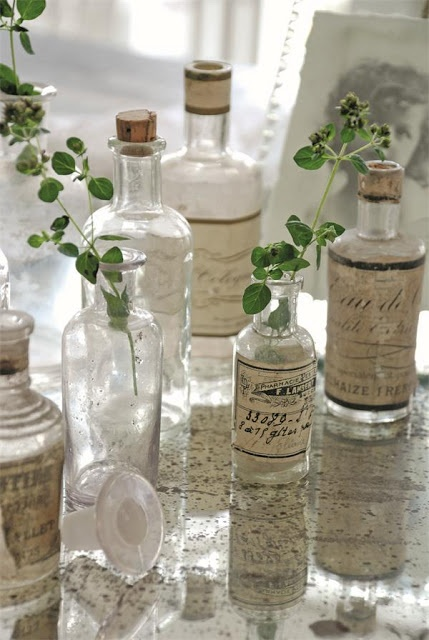 5 cool ideas and 25 examples of using vintage bottles in - How to decorate old bottles ...