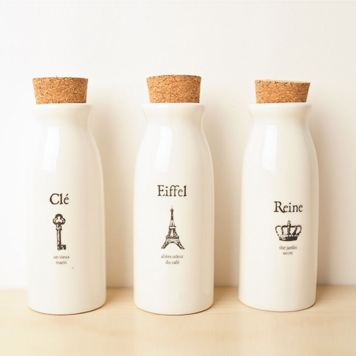 5 Cool Ideas And 25 Examples Of Using Vintage Bottles In