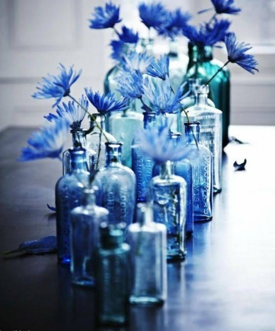 5 Cool Ideas And 25 Examples Of Using Vintage Bottles In Decor