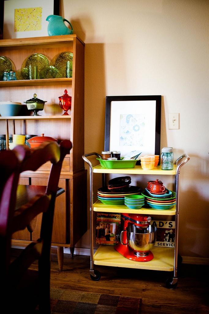 56 useful kitchen storage ideas digsdigs for Cool kitchen design ideas