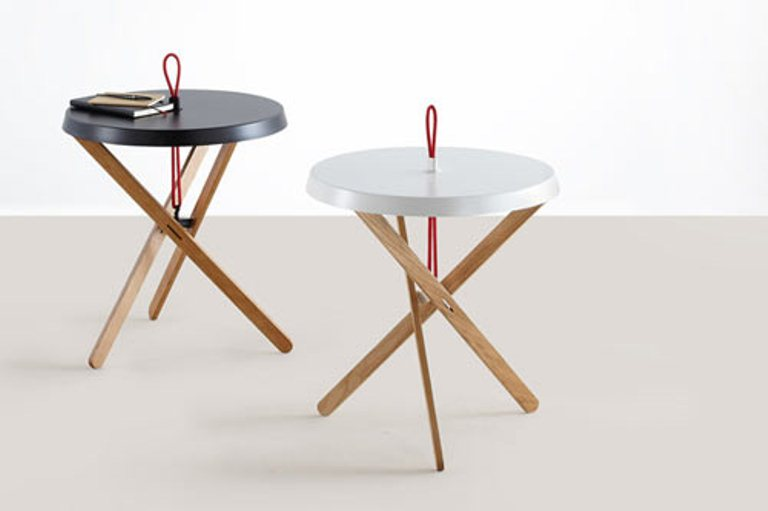 Cool minimalist side table with a red handle by mox digsdigs for Cool side tables