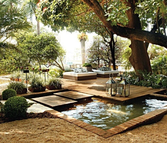 35 cool outdoor deck designs digsdigs for Garden design decking areas